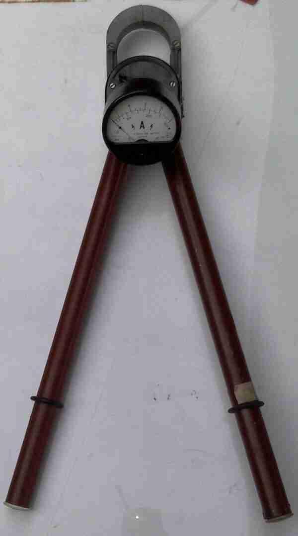 Электроизмерительные клещи Ц90