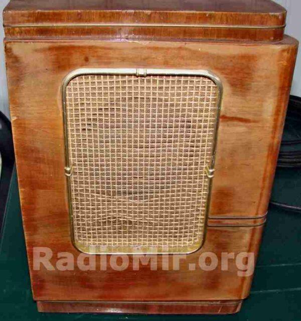 Фестиваль (Festivals) ламповый радиоприёмник